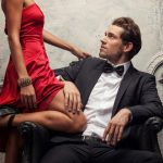 cách níu kéo chồng ngoại tình với đồng nghiệp